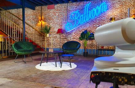 Café Local wordt Studio Local - Foto 1
