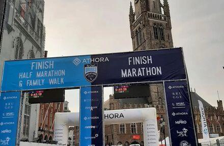 Dj Cluts op Marathon Brugge  - Foto 1