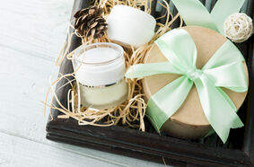 15 Holistic Event Gifts that Will Impress Your Attendees